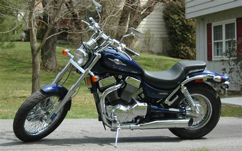 Suzuki S83 Suzuki Boulevard S83 Photos And Comments Www Picautos