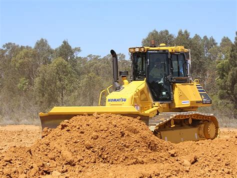 Bulldozers The Came Employing 2 by New Komatsu D61 Dozers Come With Intelligent Blade