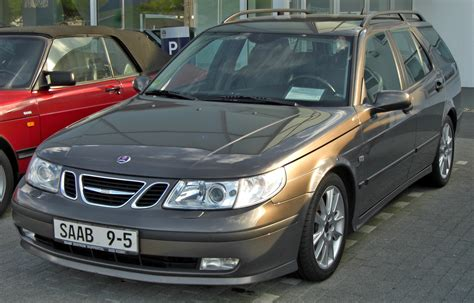 file saab 9 5 sportcombi 2002 2005 front jpg wikimedia commons