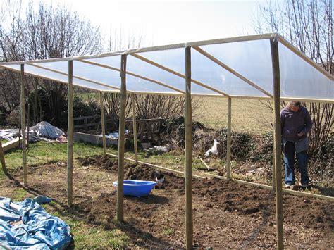 faire une serre de jardin comment construire une serre de jardin la r 233 ponse est sur admicile fr