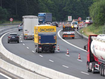 Sch 252 Ler Lief Auf Autobahn Zur Schule Wann Wo