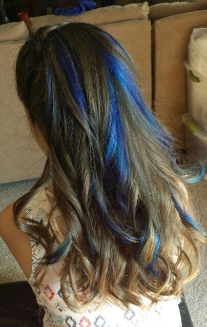 brown hair with blonde and blue highlights blue highlights in brown hair hair nails and makeup