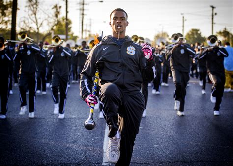 College Application Essay Marching Band Photo Essay Homecoming With Southern S Human Jukebox 225