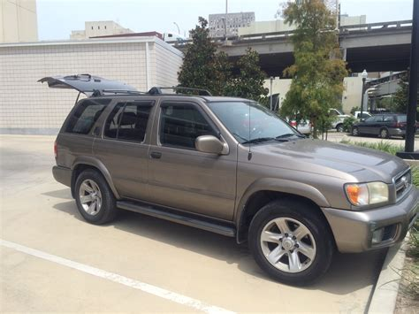 Rugged Suv With Good Gas Mileage 2002 Nissan Pathfinder Overview Cargurus