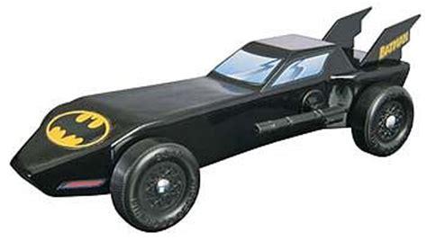 batmobile pinewood derby template batman batmobile trophy series kit pinewood derby car