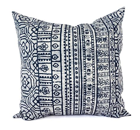 Outdoor Pillows Navy by Two Outdoor Pillows Navy And White Pillow By Castawaycovedecor