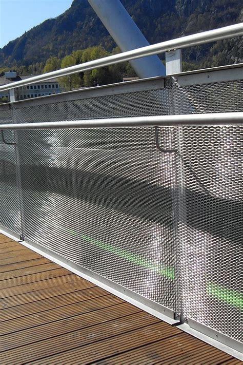 balustrade   balustrades  railings