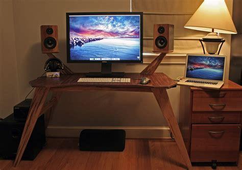 custom gaming desks made bug eye gaming or audiophile desk by tavola