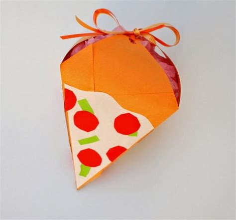 Origami Pizza Box - much kneaded pizza diy gift box allfreepapercrafts