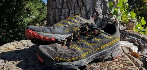 la sportiva trail running shoe reviews review la sportiva akyra trail running shoes