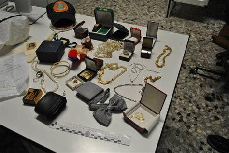 ladri di appartamento manfredonia ladri di appartamento due arresti