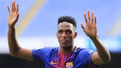 yerry mina new barcelona defender yerry mina can become key figure at