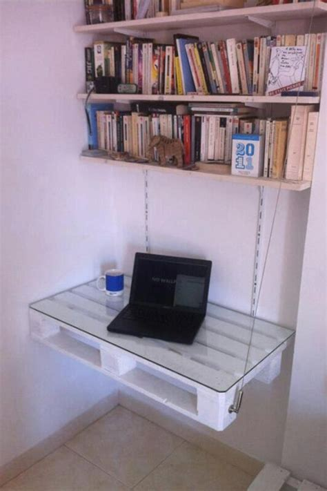 Diy Hanging Desk Weekend Project 19 Diy Pallet Desks A Way To Save Money And To Customize Your Home Office