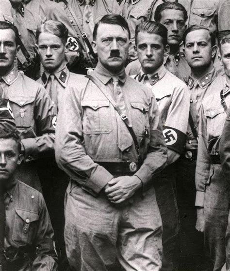 biography of hitler for students aniversario de la muerte de hitler el rostro del mal