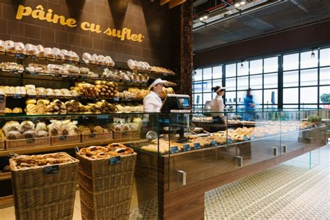 Bakery Store by Glamshops Ro Visual Merchandising Shop Design Shop