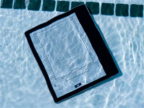 amazon kindle oasis  review  ultimate  reader
