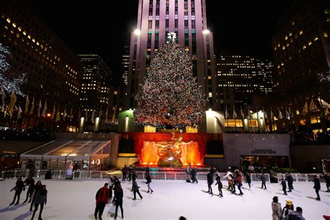 america s best public christmas trees cheaptickets