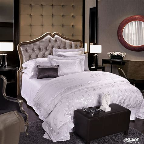 White Bed Set King Get Alluring Visage By Displaying A White Comforter Sets King Homesfeed
