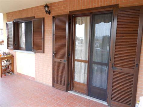 tende balcone torino sostituzione teli tende da sole e tende veranda a torino e