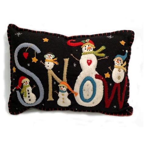 Applique Pillow Patterns by 448 Best Wool Applique Images On Embroidery