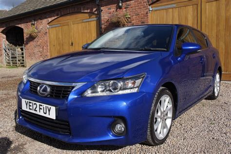 lexus hybrid hatchback used ultrasonic blue lexus ct 200h for sale west yorkshire