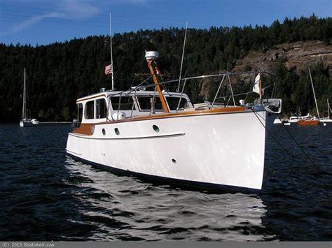 matthews 42 boat fundraiser by joe euro help repair this 1947 matthews