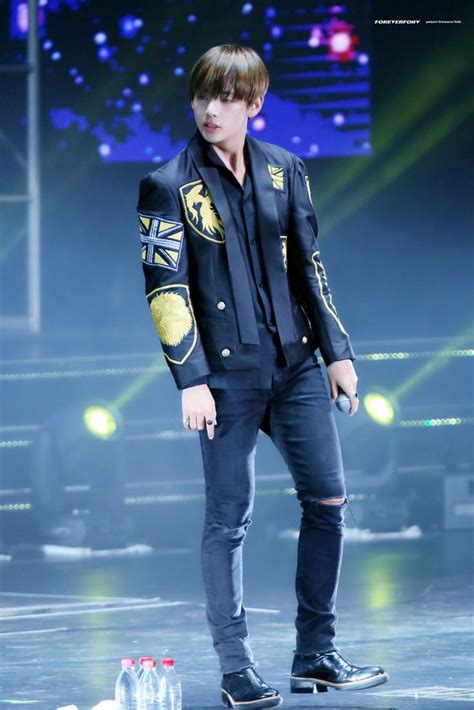 Kaos Kpop T Shirt Bts Nickname Bangtan Bomb V pin tillagd av sydni wong p 229 taehyung bts
