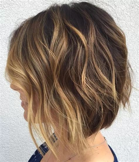 trendy haircuts ideas strawberry bronde balayage bob by kellymassiashair 37 magnifiques carr 233 es courtes coiffure simple et facile