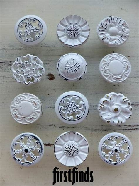 vintage kitchen cabinet knobs best 25 kitchen cabinet knobs ideas on pinterest
