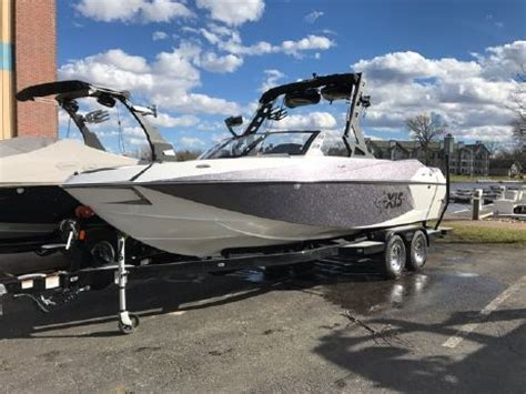 axis boats motors axis boats for sale yachtworld