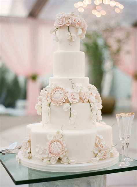 Hochzeitstorte Ivory by Prettiest Blush Ivory Wedding Cake Mon Cheri Bridals