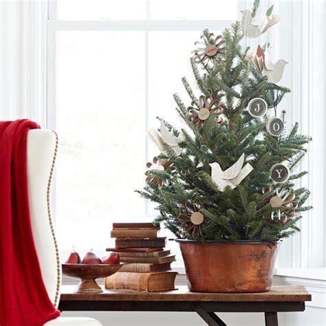 tisch weihnachtsbaum weihnachtsbaum selber basteln f 252 r den weihnachtstisch