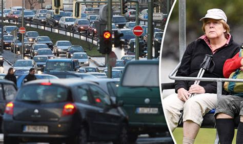 Angela Merkel Auto by Diesel Crisis Merkel Holidays As Officials Try To Save