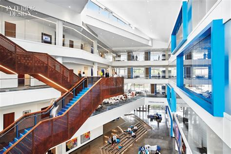 Mba Capitol Corridor by 8 Simply Amazing Buildings
