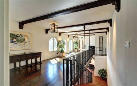 upstairs house kelsey grammer s house upstairs hallway hooked on houses