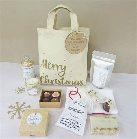 create your own personalised merry christmas gift bag by