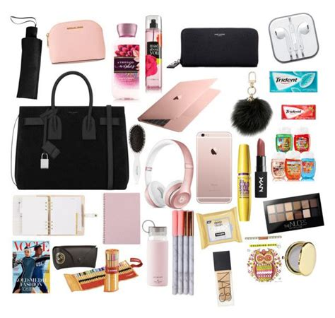 Book Stuff On Handbagcom by 1072 Best What Is In Your Bag Images On