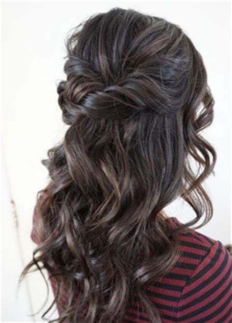 Garden Wedding Hairstyles For Bridesmaids by 20 Amazing Half Up Half Wedding Hairstyle Ideas