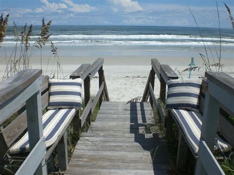 daytona beach house rentals on daytona beach sleeps 12 huge parking homeaway daytona beach