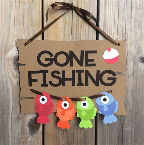 Fishing Baby Shower by 25 Best Ideas About Fishing Baby Showers On
