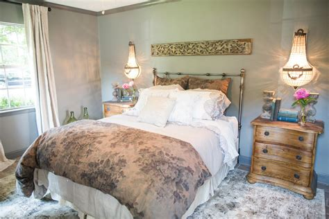 magnolia bedroom all things magnolia homes fixer upper on pinterest