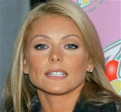 kelly ripa is fresh faced after nonstop halloween costume kelly ripa celebrity photos and sexy on pinterest
