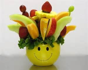 edible fruits arrangement how to make a do it yourself edible fruit arrangement crazeedaisee