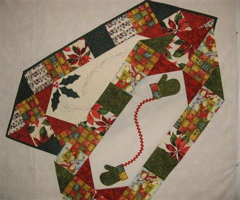 pattern christmas table runner two christmas table by 2strings quilting pattern