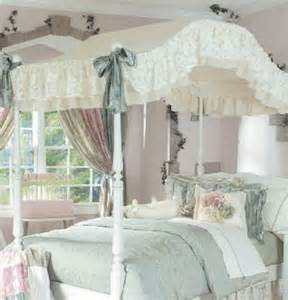 Canopy Bed Bedding Sets Canopy Bedding In Antique The Frog And The Princess