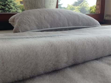 Alpaca Wool Comforter by Alpaca Wool Bedding Silver Exclusive 140x200