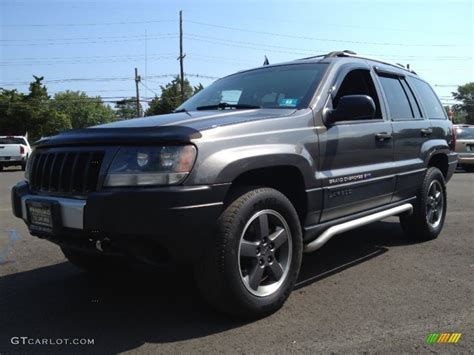 dark gray jeep cherokee 2004 graphite metallic jeep grand cherokee freedom edition