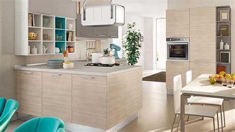 come arredare cucina i consigli per arredare una cucina quadrata senza errori