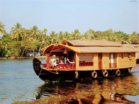 5 bedroom houseboat alleppey 1 bedroom deluxe boathouse alleppey houseboat club