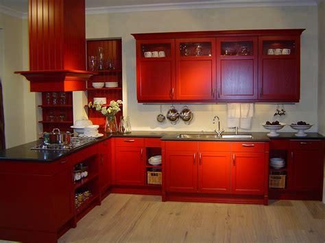 unique red vintage kitchen  reviving style